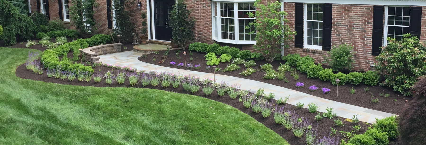 Creative and Professional Landscaping